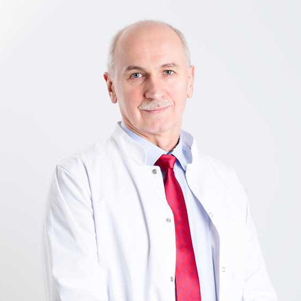 doktor n. medycyny Krzysztof Korta